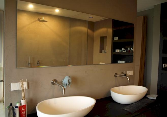 Badkamer verlichting op spiegel badkamer ontwerp idee n voor uw huis samen met - Badkamer desi ...