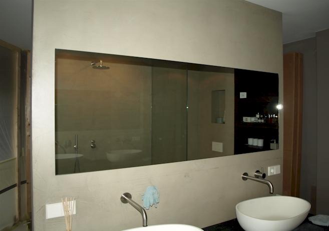 52 . LED spiegel Amstelveen. Badkamerspiegel met LED