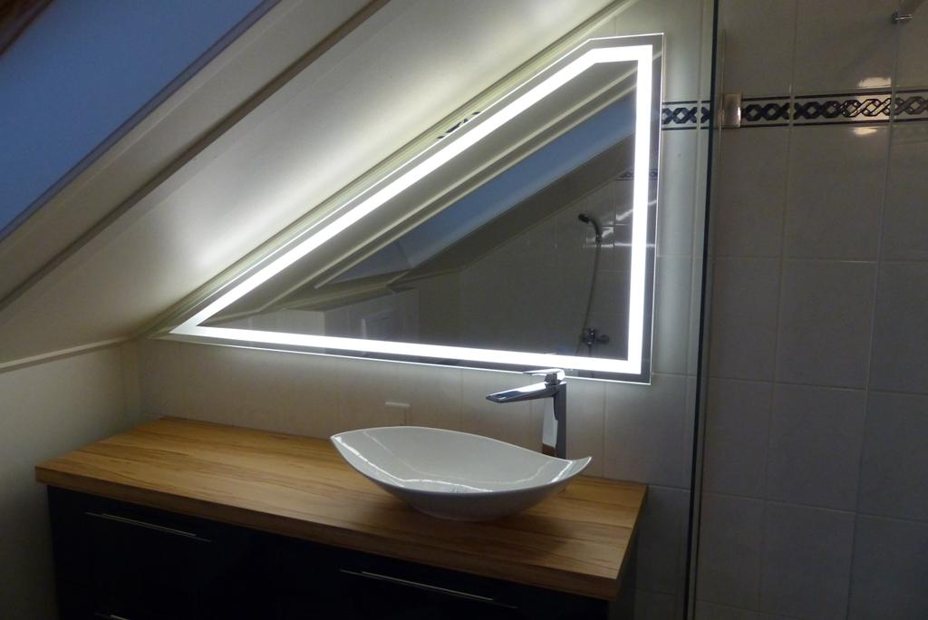Verwarmde Spiegel Badkamer : Badkamer spiegels verwarmd led spiegel cm mm op maat