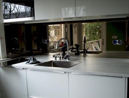 Achterwand keuken spiegelwand keuken - Geloof spiegel keuken ...