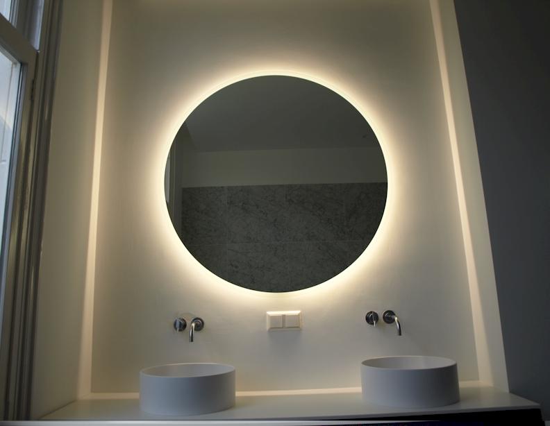 LED spiegel Amsterdam. Badkamerspiegel met LED