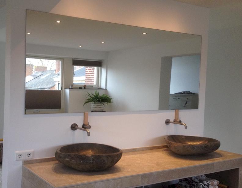 Badkamer Op Maat : Spiegel op maat didam